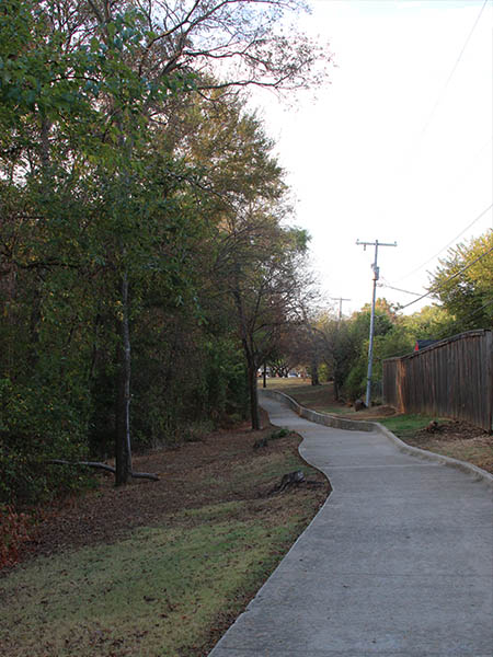 The west trail, looking south.
